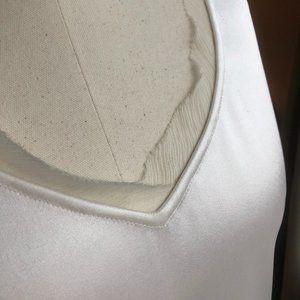 St. John Couture liquid silk sleeveless V neck top